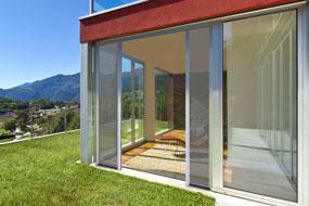 Zanzariere per porte e finestre provincia di milano monza brianza Bonomo Chiusure