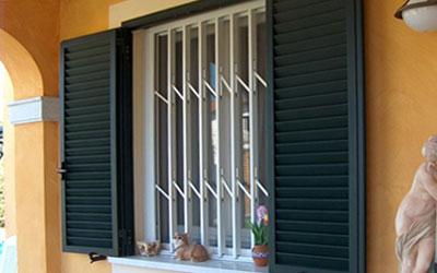 Cancelletti di sicurezza estensibili per portefinestre e finestre provincia di milano