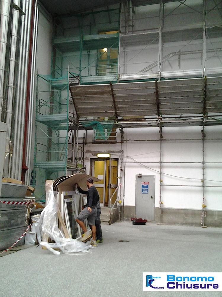 Fornitura installazione serramenti rai palazzina